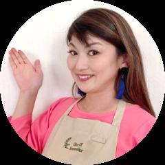 榊田 えみ Emi Sakakida