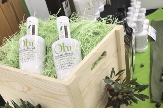 OLIVE JAPAN® 2020 その6<br> シャネルの香水ボトルデザイナー縁のオリーブオイル容器も発見!
